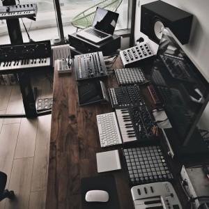 studio dj 2