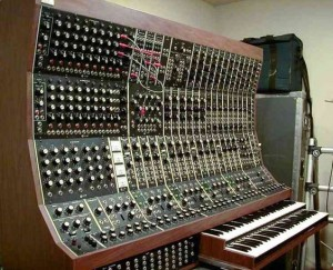 synths 2