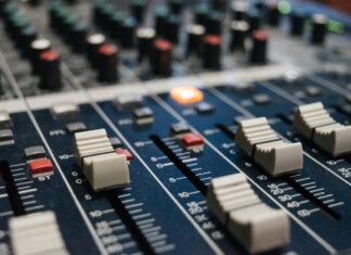 recording console photo